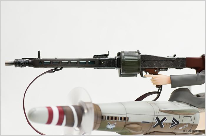 アルター バルクホルン 銃