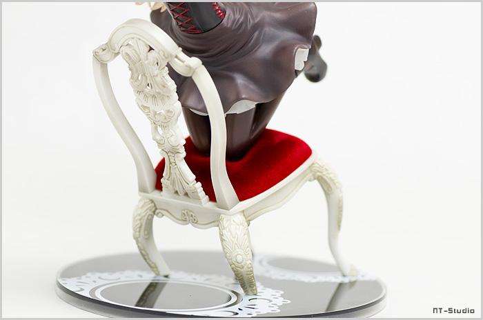 小鳩 フィギュア 椅子