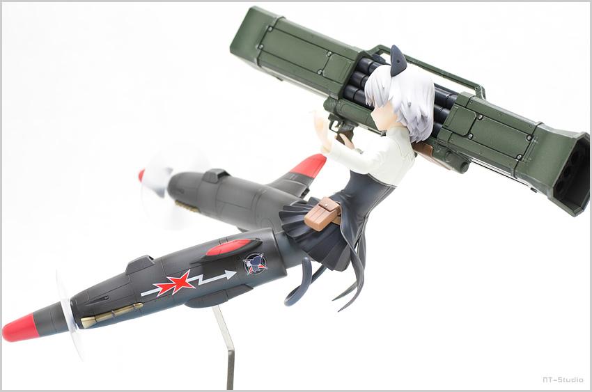 サーニャ・v・リトヴャク ロケットブースターver 制服